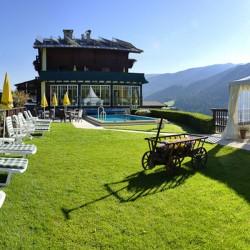 Hotel Habicht im Sommer